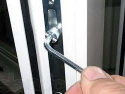 1_zamena-steklopaketov-remont-okon-dverey-rollet